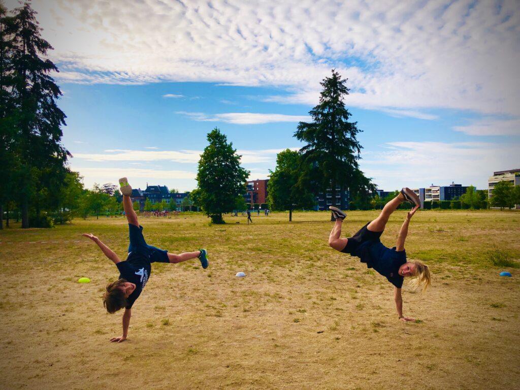 Hip Hop breakdance Move Marthe en Lars dansles MovingMatters Nijmegen Oost Limospark nieuw balveren dansles Nijmegen-Noord bemmel oosterhoud elst lent